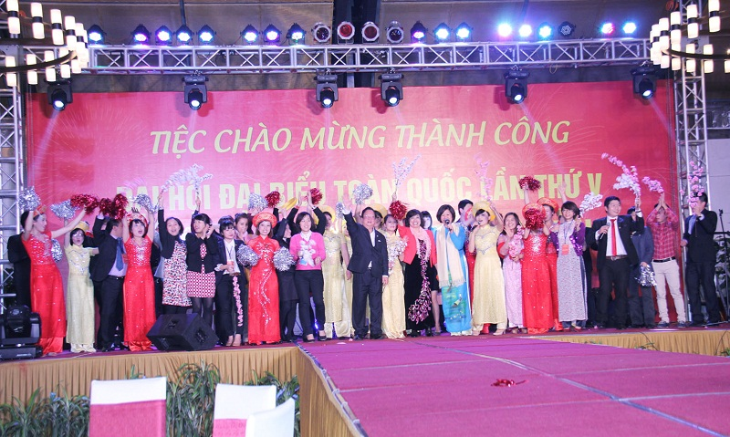 Viet Nam Union of Friendship Organizations holds fifth National Congress