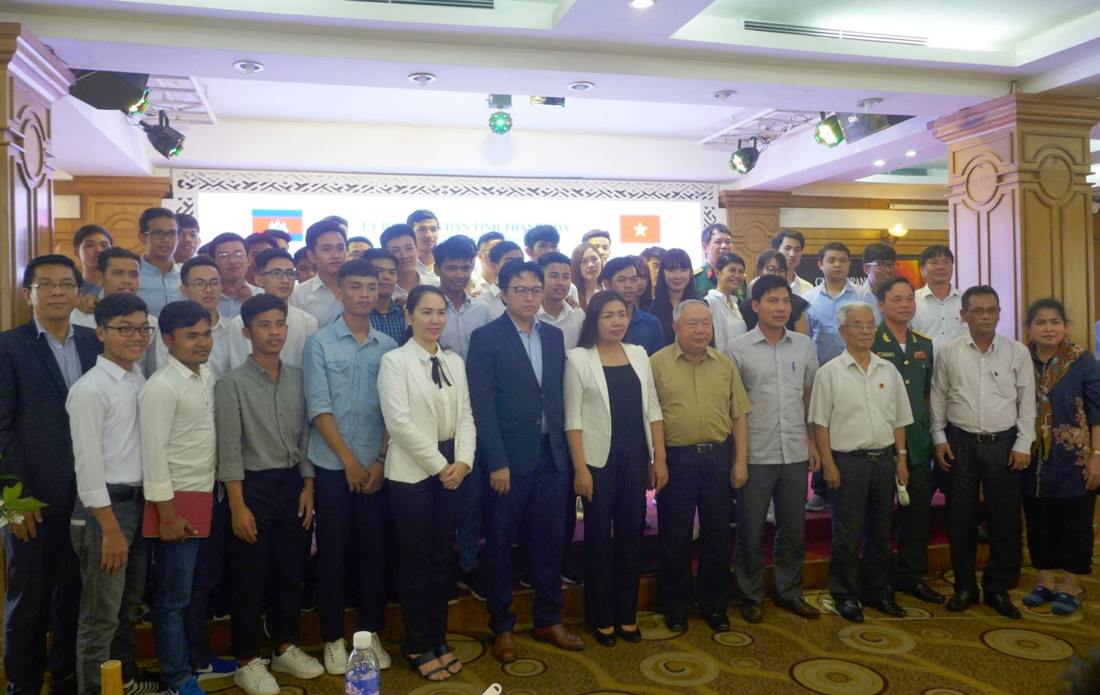 Vietnam-Cambodia friendship exchange holds in Thanh Hoa